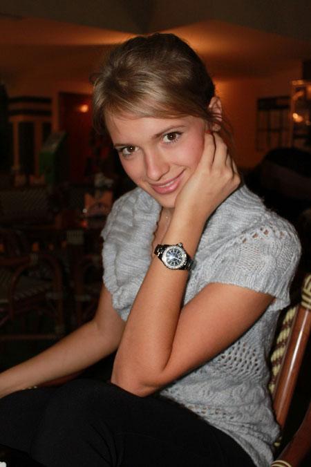 2011_11_20__Anna_Komarova__26__4__Donetsk__Ukr___teacher_.jpg