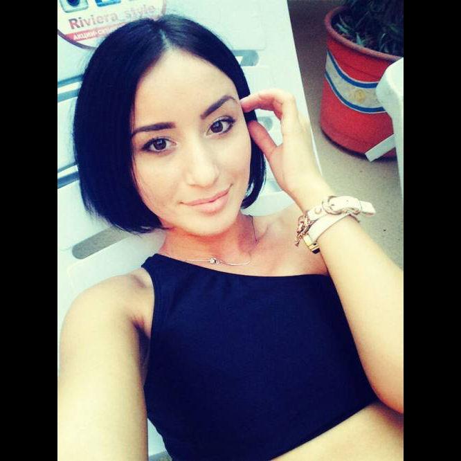 elena_vn_beuywt1.jpg