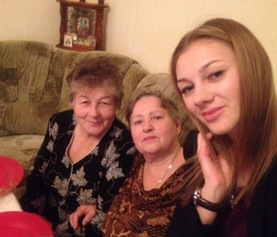 with_Mom_and_Granny.jpg